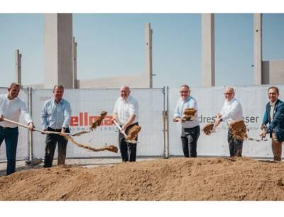 Symbolischer erster Spatenstich für das neue Logistikzentrum von Endress+Hauser in Wörrstadt