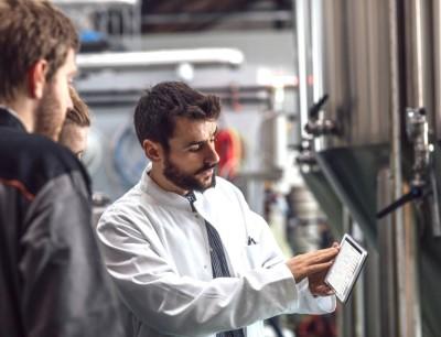 Pilotkunde Störtebeker Braumanufaktur analysiert mithilfe von Gea Insight Partner Brewery Prozessdaten über Marken und Chargen hinweg