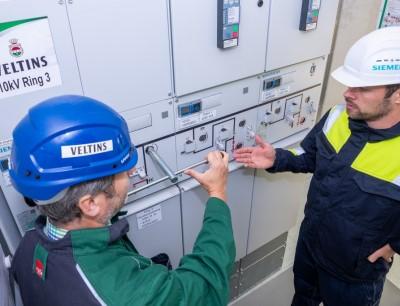 Die Brauerei Veltins setzt bei neuer Abfüllanlage auf nachhaltige Elektrifizierungslösung von Siemens