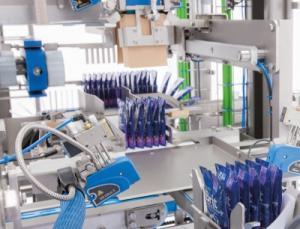 Die VP 600 ist eine neue Kartonverpackungsmaschine für kleine, sensible Produkte in kleinen Gebinden