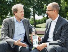 Kim Carstensen und Rolf Stangl im Gespräch