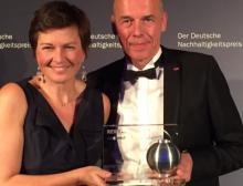 Iglo Deutschland-Chefin Antje Schubert und Betriebsleiter Olaf Saenger