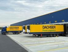 Im Logistikzentrum Schleswig-Holstein werden Industriegüter und Lebensmittel umgeschlagen