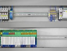 IoT-basierte Steuerungen des Typs ILC 2050 BI leiten die erfassten Daten weiter