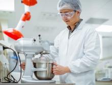Tests im neuen Labor für Food-Anwendungen