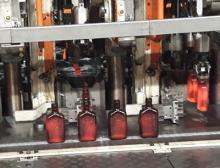 Glasflaschenproduktion bei I-O in Berndsdorf