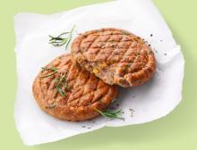 Planteneers mit Sitz in Ahrensburg entwickelt und produziert individuelle Systemlösungen für pflanzenbasierte Alternativen in den Bereichen Fleisch-, Wurst- und Fischwaren sowie Käse, Milchprodukte und Feinkost