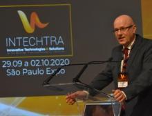 Dr. Reinhard Pfeiffer, stellvertretender Vorsitzender der Geschäftsführung der Messe München