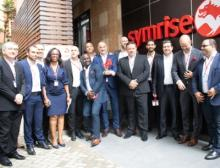 Vertreter Symrise global, EAME & Nigeria bei der Laboreröffnung